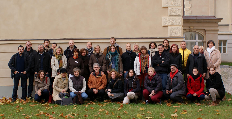 Szialarbeiterinnen und Sozialarbeiter der Schulstationen und Schülerclubs in Steglitz-Zehlendorf