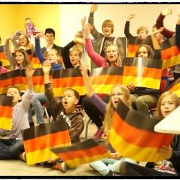 """Kooperation zwischen Schule und Jugendhilfe  ein Beispiel aus der Praxis mit der """"Besten Klasse Deutschlands"""""""